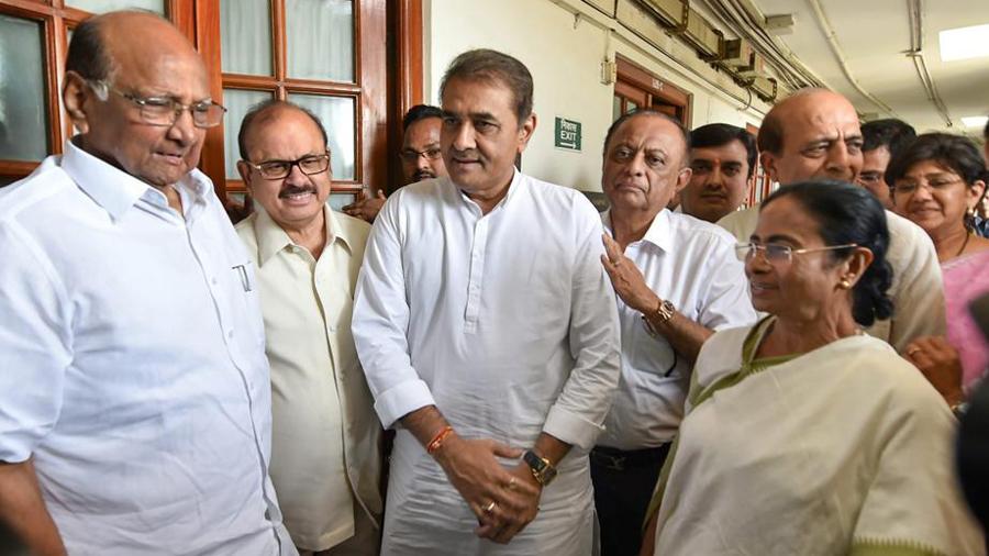 ममता ने कांग्रेस तथा अन्य पार्टियों को भाजपा के खिलाफ लड़ाई में शामिल होने को कहा
