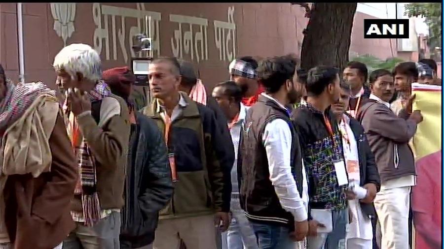 PM મોદી અને શાહનો આભાર વ્યક્ત કરવા BJP મુખ્યાલય પહોંચ્યા પાકિસ્તાની શરણાર્થી